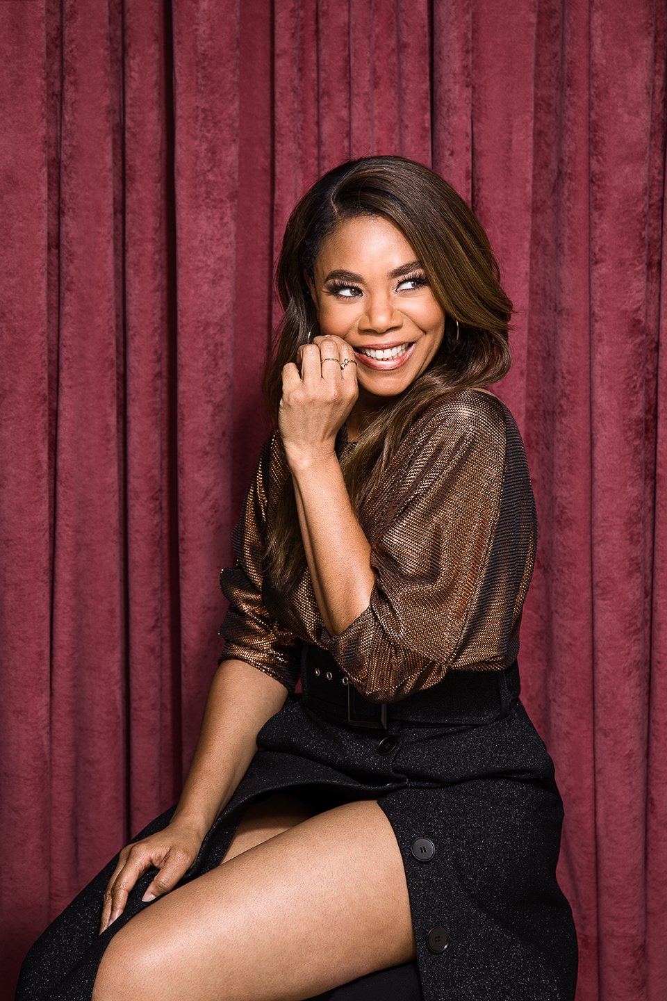 Essence_ReginaHall_02_web